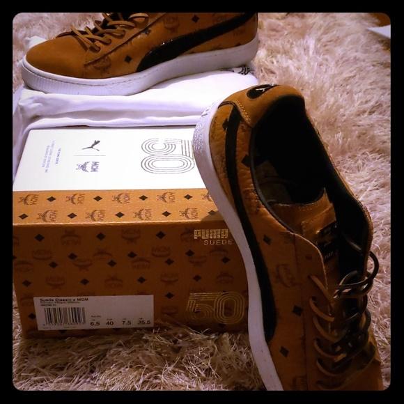 online store 284b1 4cc80 Mcm × puma suede shoes